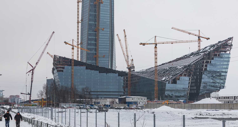 lakhta center under construction in winter